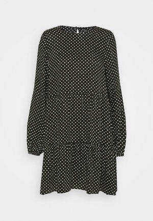 VMFIE SHORT DRESS - Denní šaty - black/birch