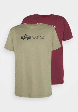 ALPHA LABEL 2 PACK - Print T-shirt - olive/burgundy