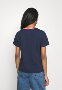 Tommy Jeans - REGULAR TIMELESS SCRIPT TEE - Print T-shirt - twilight navy - 2