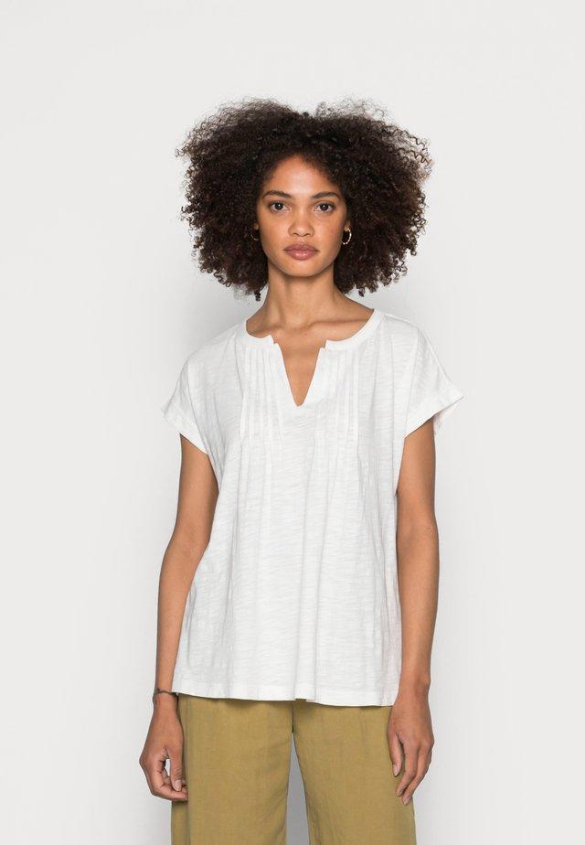 PINTUK - Camiseta estampada - off white