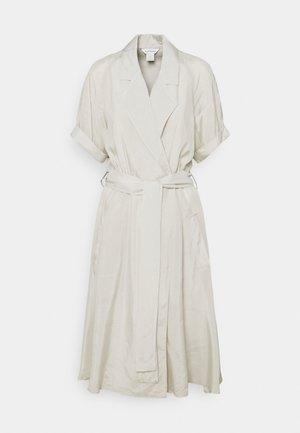 TRENCH DRESS - Day dress - silver birch