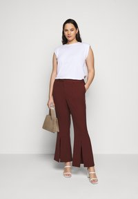 CAPSULE by Simply Be - TROUSERS - Trousers - rust - 1