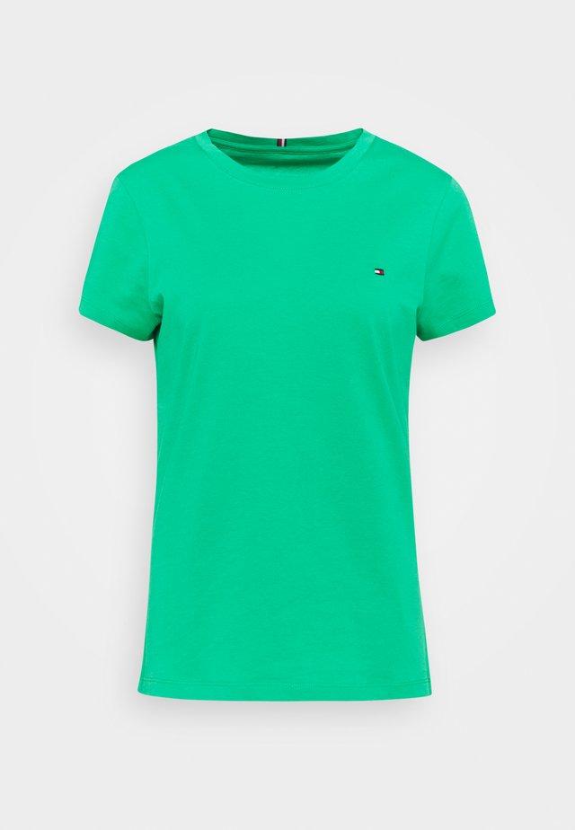 NEW CREW NECK TEE - Jednoduché triko - primary green