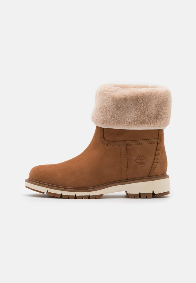 LUCIA PULL ON WP - Winter boots - rust
