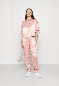 WAL G. - HANI - Trousers - pink - 1
