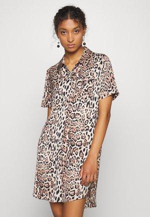 LEIZA BLOUSE DRESS - Shirt dress - sand shell