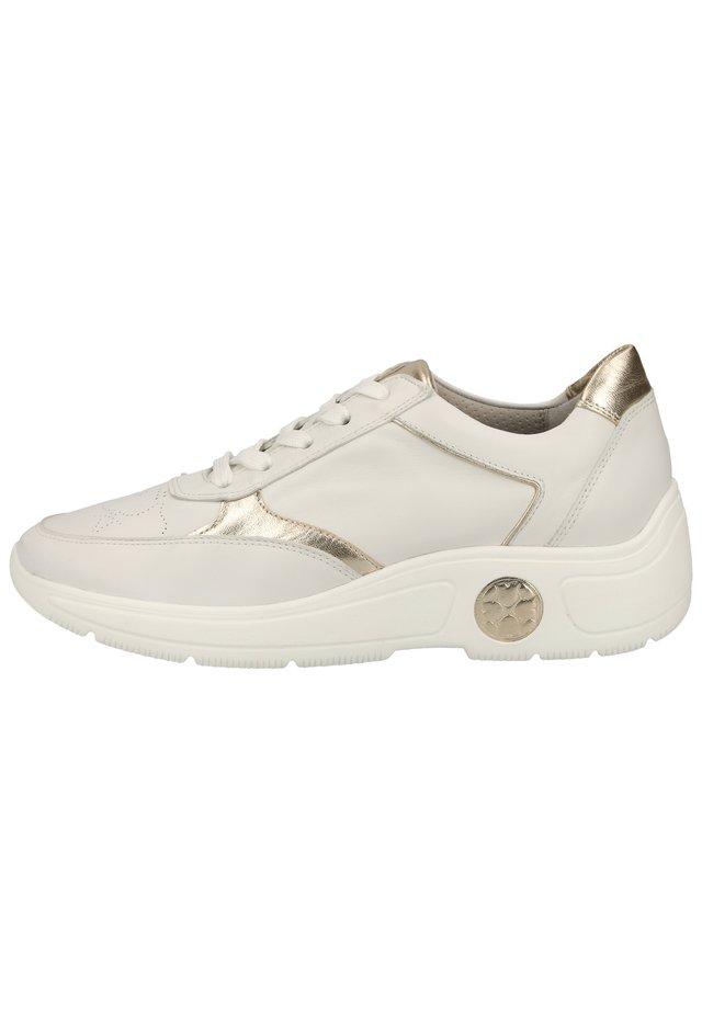 PETER KAISER SNEAKER - Sneakers - weiss 540