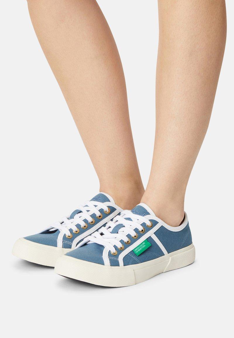 Benetton - TYKE PLUS - Sneakers basse - sky/white