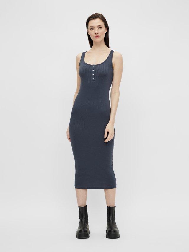Sukienka etui - ombre blue