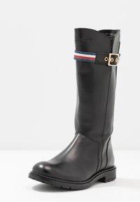 Tommy Hilfiger - Vysoká obuv - black - 2