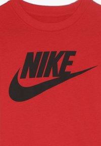 Nike Sportswear - FUTURA TEE - Print T-shirt - university red - 3