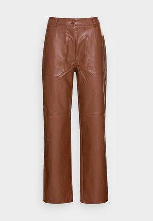STRAIGHT LEG PANTS - Kalhoty - brown