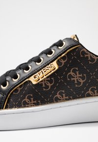 Guess - BANQ - Sneakers laag - bronze/black - 2