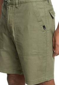 Quiksilver - Shorts - four leaf clover - 3