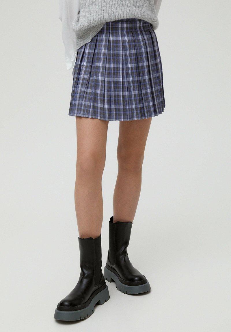 PULL&BEAR - MIT KELLERFALTEN - Áčková sukně - dark grey