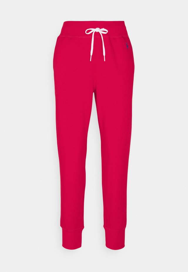 FEATHERWEIGHT - Teplákové kalhoty - bright hibiscus