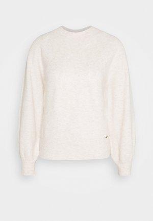 CLOTILDA - Jersey de punto - buttermilk