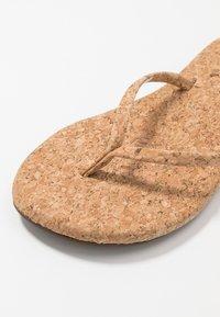 Reef - BLISS SUMMER - Sandály s odděleným palcem - beige - 2