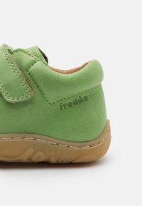 Froddo - MINNI UNISEX - Zapatos con cierre adhesivo - olive - 5