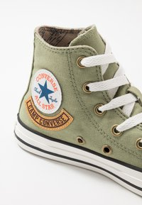 Converse - CHUCK TAYLOR ALL STAR POCKET - Baskets montantes - street sage/khaki - 2