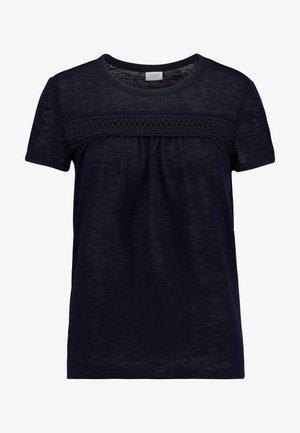 JDYDANIELLE  - Print T-shirt - sky captain