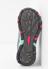 Merrell - MOAB FST LOW WTRPF - Hiking shoes - grey/turquoise/pink - 4