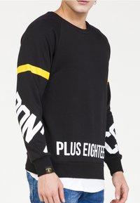 PLUS EIGHTEEN - Felpa - black - 3