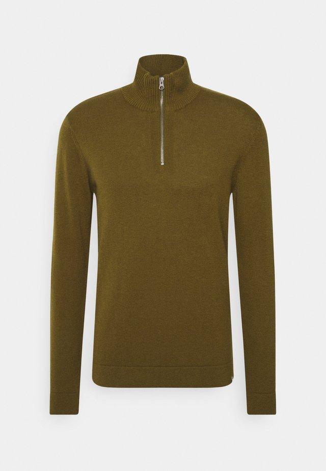LESNA - Stickad tröja - fir green