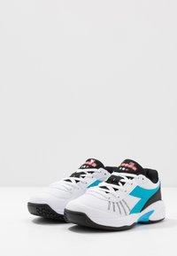 Diadora - S. CHALLENGE 3 JR UNISEX - Multicourt tennis shoes - white/blue fluo - 3