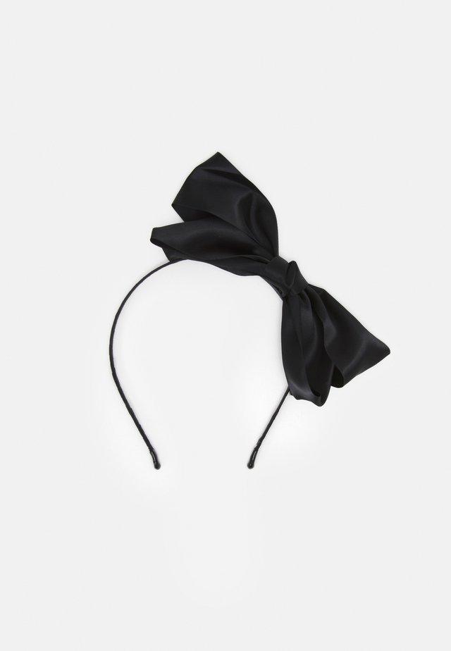 PCJUTTA HAIRBAND - Hair Styling Accessory - black