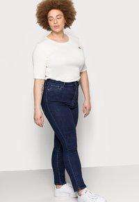 ONLY Carmakoma - CAROP LIFE SUPER - Jeans Skinny Fit - dark blue denim - 3