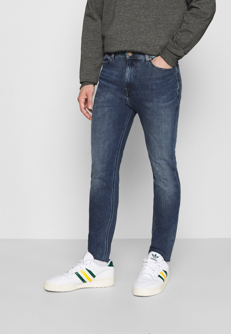 Tommy Jeans - SIMON SKINNY - Slim fit jeans - mid blue