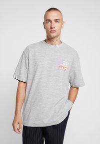 Topman - NEW YORK  - Print T-shirt - grey - 2