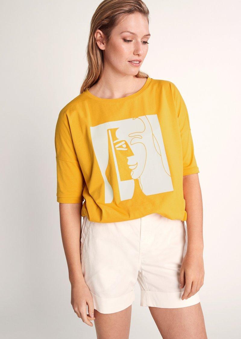 comma - Print T-shirt - apricot