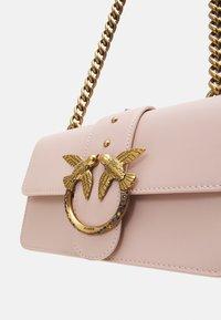 Pinko - LOVE MINI ICON JEWEL ANTIQUE - Across body bag - cipria - 3