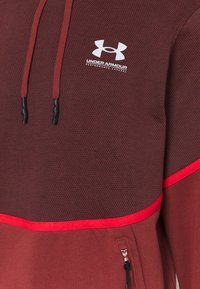 Under Armour - RIVAL - Hættetrøjer - cinna red - 2