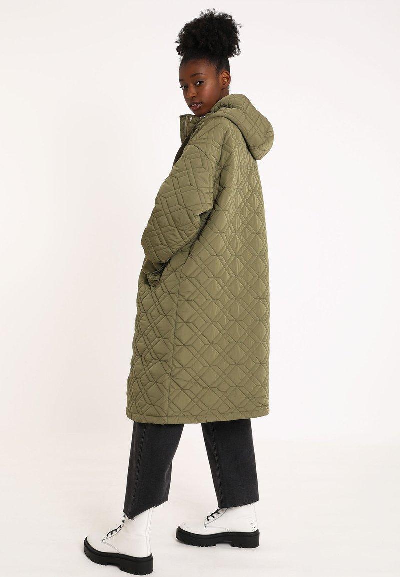 Pimkie Wintermantel - khaki T6ltRC