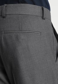 Isaac Dewhirst - FASHION SUIT - Completo - mid grey - 9