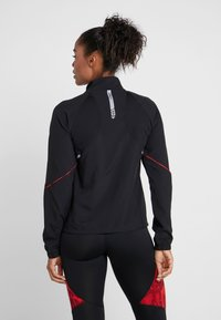 ONLY Play - ONPSIERRA RUN JACKET - Træningsjakker - black/flame scarlet - 2