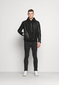 GAP - LOGO - Sweatshirt - true black - 1