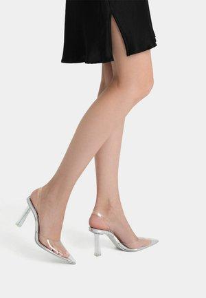 Classic heels - transparent