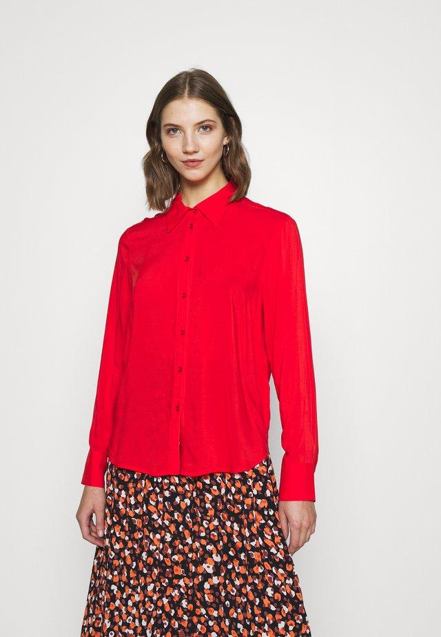 HILMA - Camicia - flamescarlet