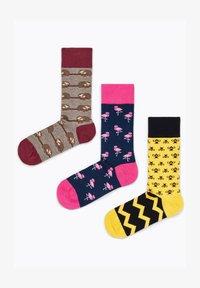Natural Vibes - ANIMALS GIFT BOX ORGANIC COTTON SOCKS - Socks - green - 3