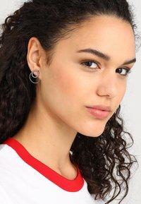Pilgrim - EARRINGS ZOOEY - Earrings - gunmetal - 1