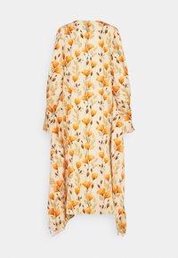 Mother of Pearl - V NECK DRESS WITH PIN TUCKS AND BUTTONS - Vapaa-ajan mekko - poppy peach - 8