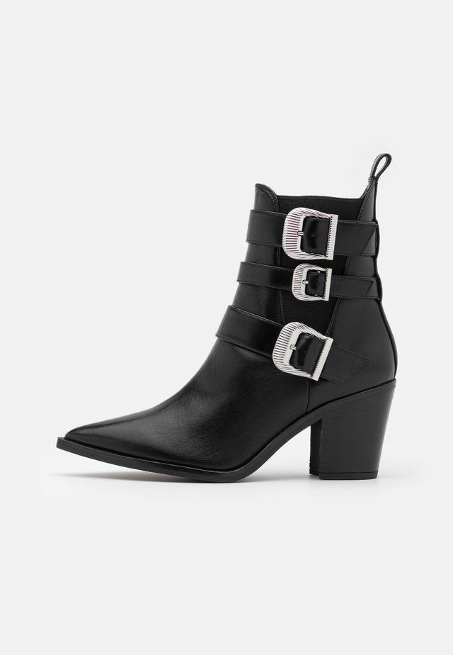 MARCHA - Cowboy- / bikerstøvlette - black