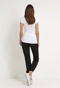 Modström - TRICK - Basic T-shirt - white - 2