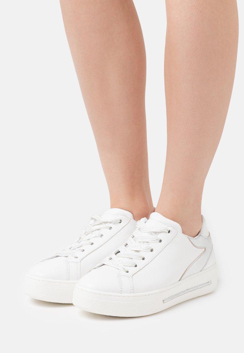 Alpe - STAR - Sneakers - blanco