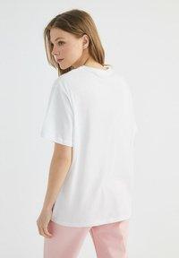 Trendyol - Print T-shirt - white - 2