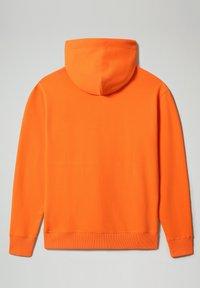 Napapijri - B-PATCH HOOD - Hoodie - orangeade - 6